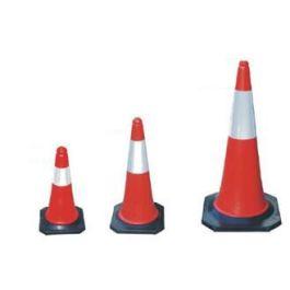 Red/white traffic cone - pylon