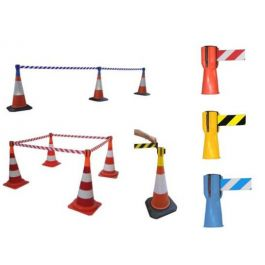 Reel with barrier tape for traffic cone